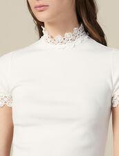 T-Shirt A Collo Alto Ornato Di Guipure : Magliette colore Ecru