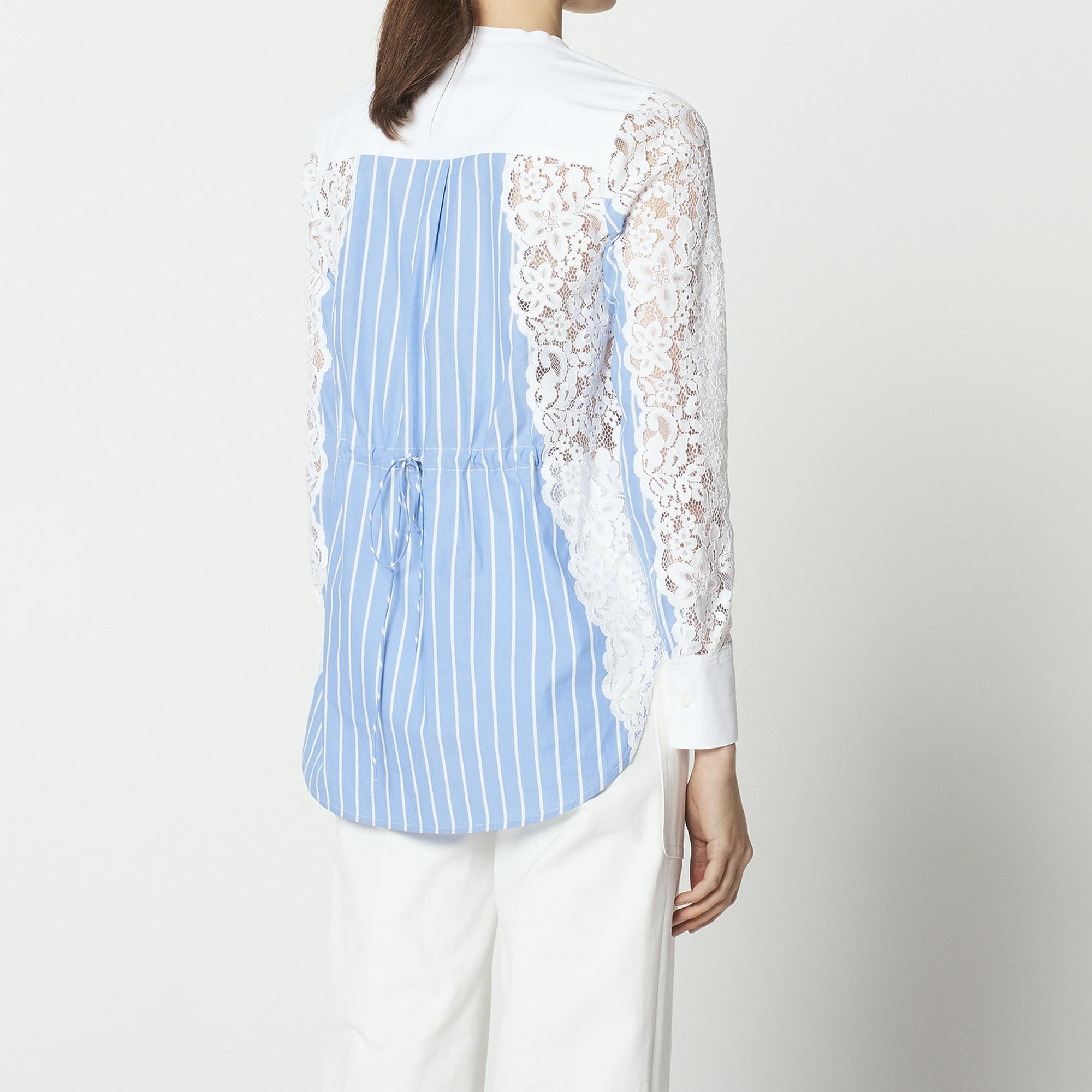 Camicia a righe con inserti in pizzo : Top & Camicie colore Sky Blue
