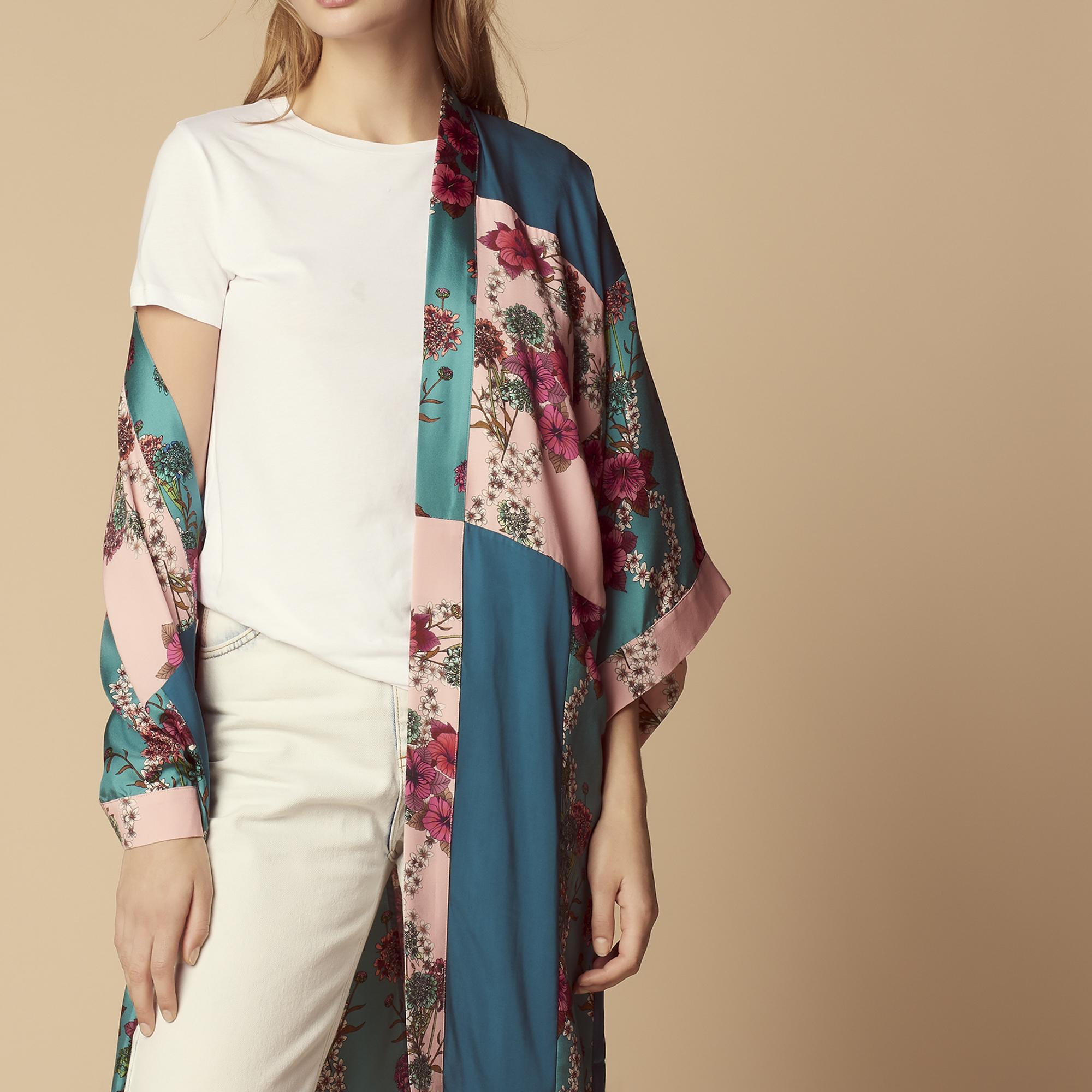 Giacca kimono lunga con stampa floreale : Giacche & Giubbotti colore Verde