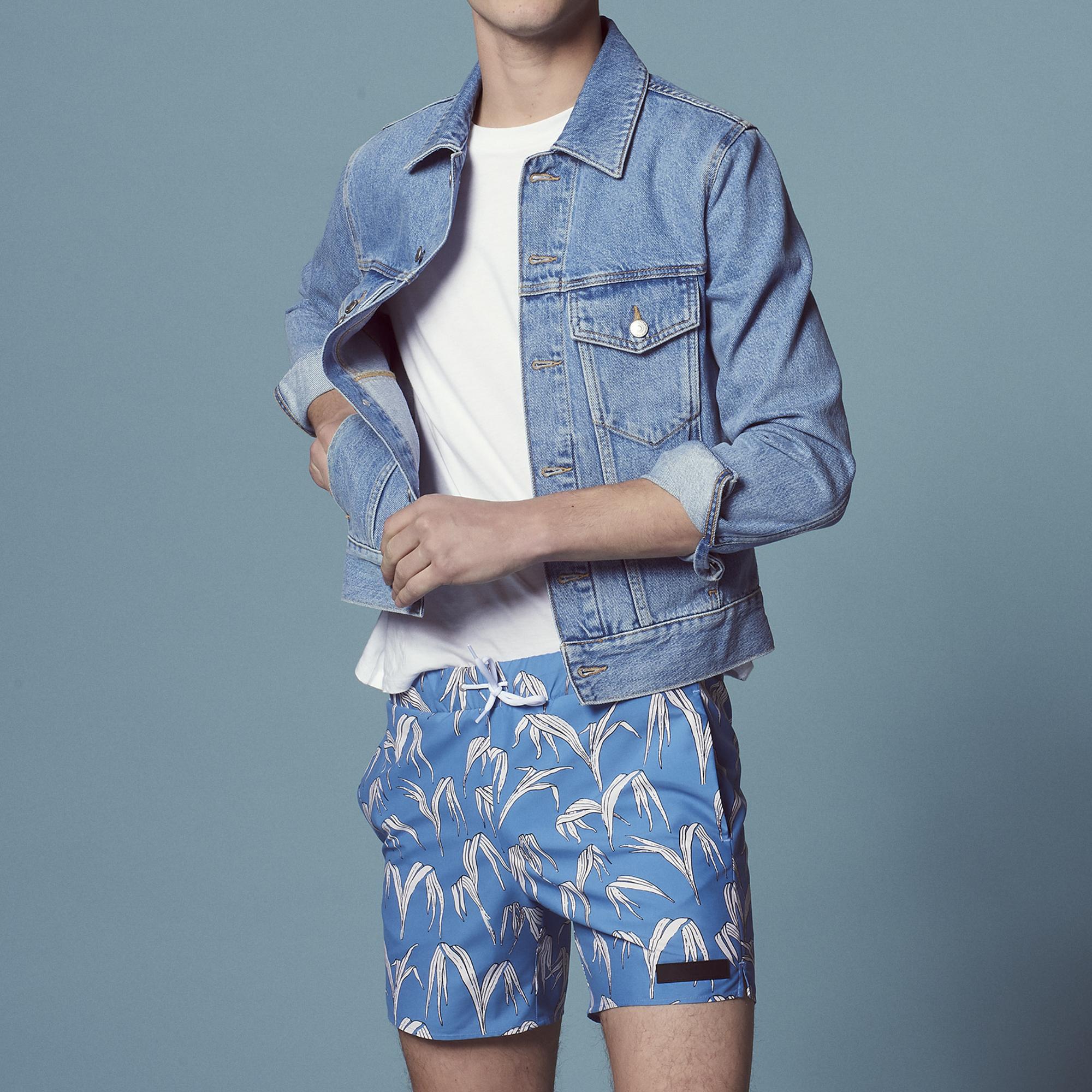 Costume da bagno con stampa a palme : Pantaloni & Short colore Blu
