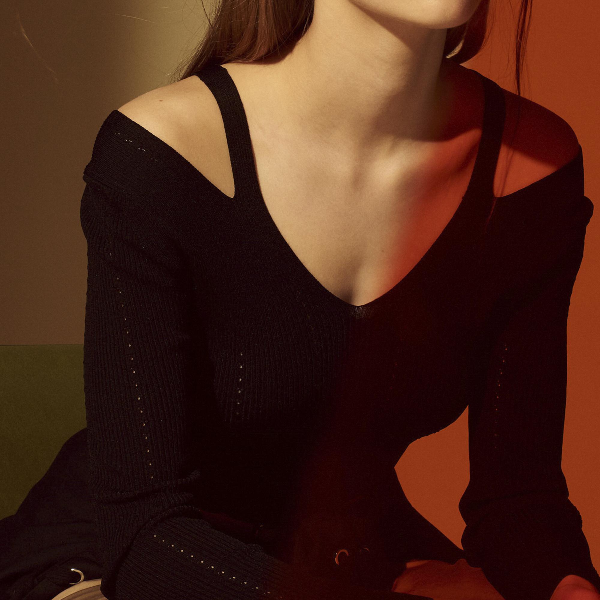 Pullover con inserti sulle spalle : Collezione Estiva colore Nero