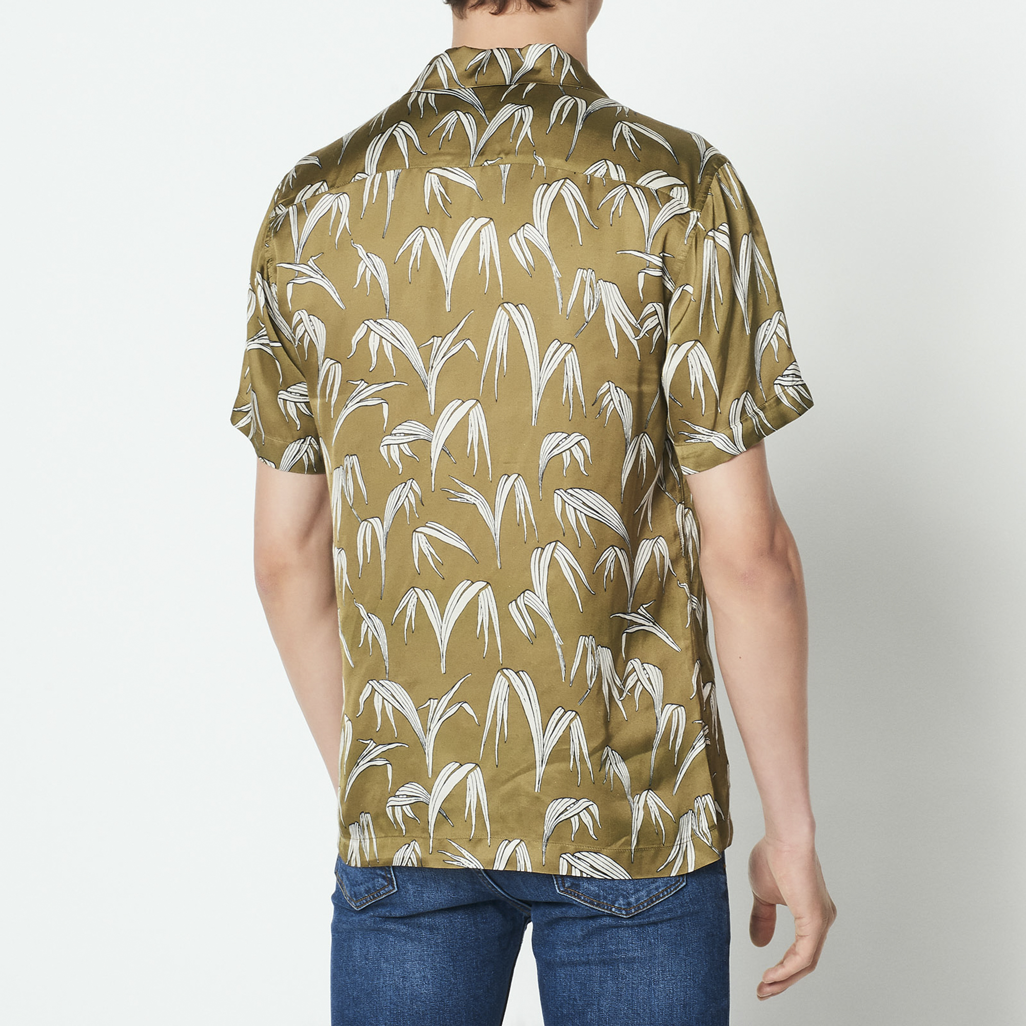 Camicia maniche corte con stampa a palme : Camicie colore Verde Oliva