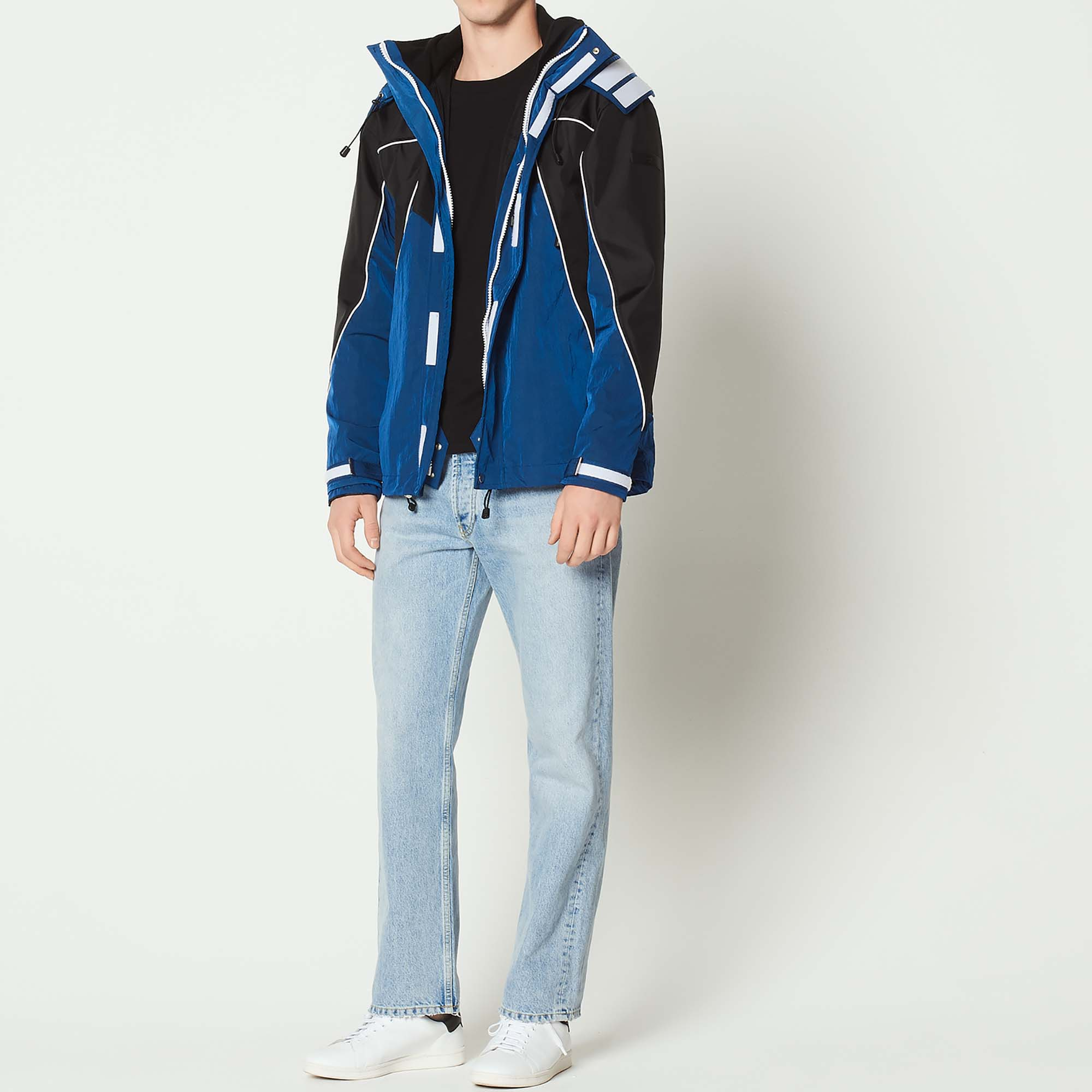 Parka bicolore in tessuto tecnico : Trench & Cappotti colore Blu