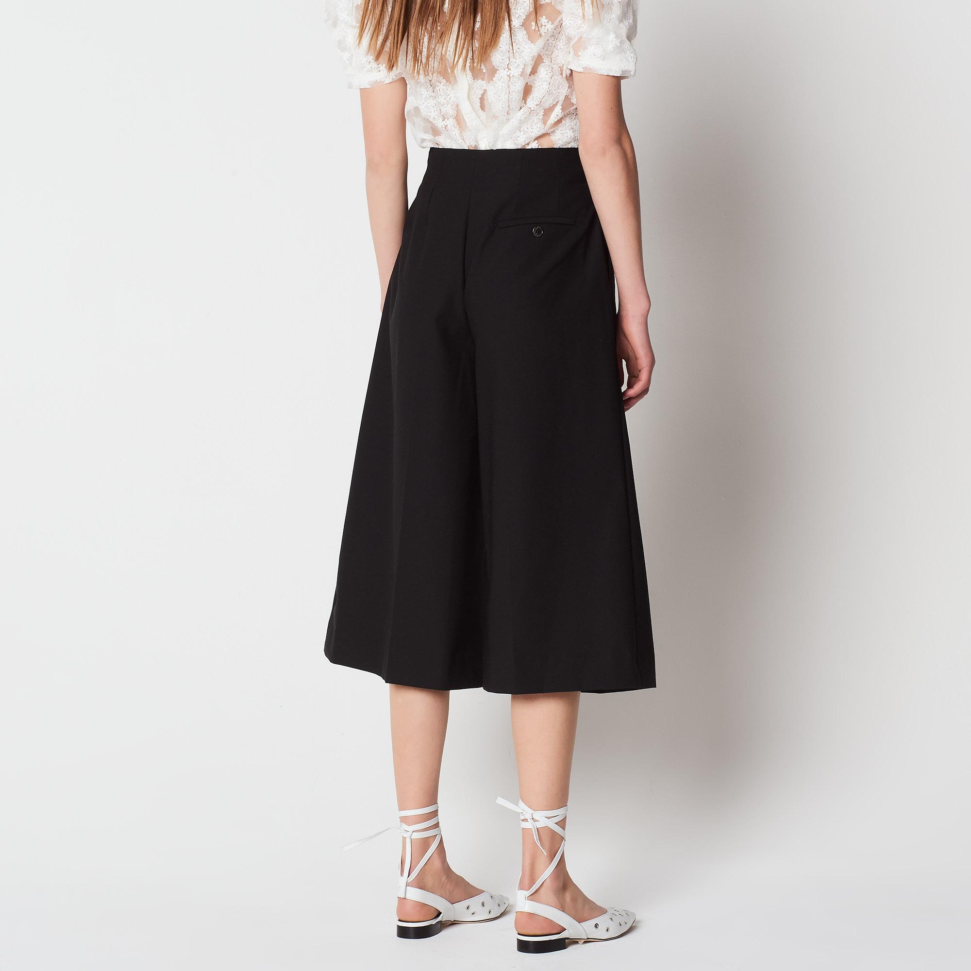 Pantaloni corti e larghi : Collezione Estiva colore Nero