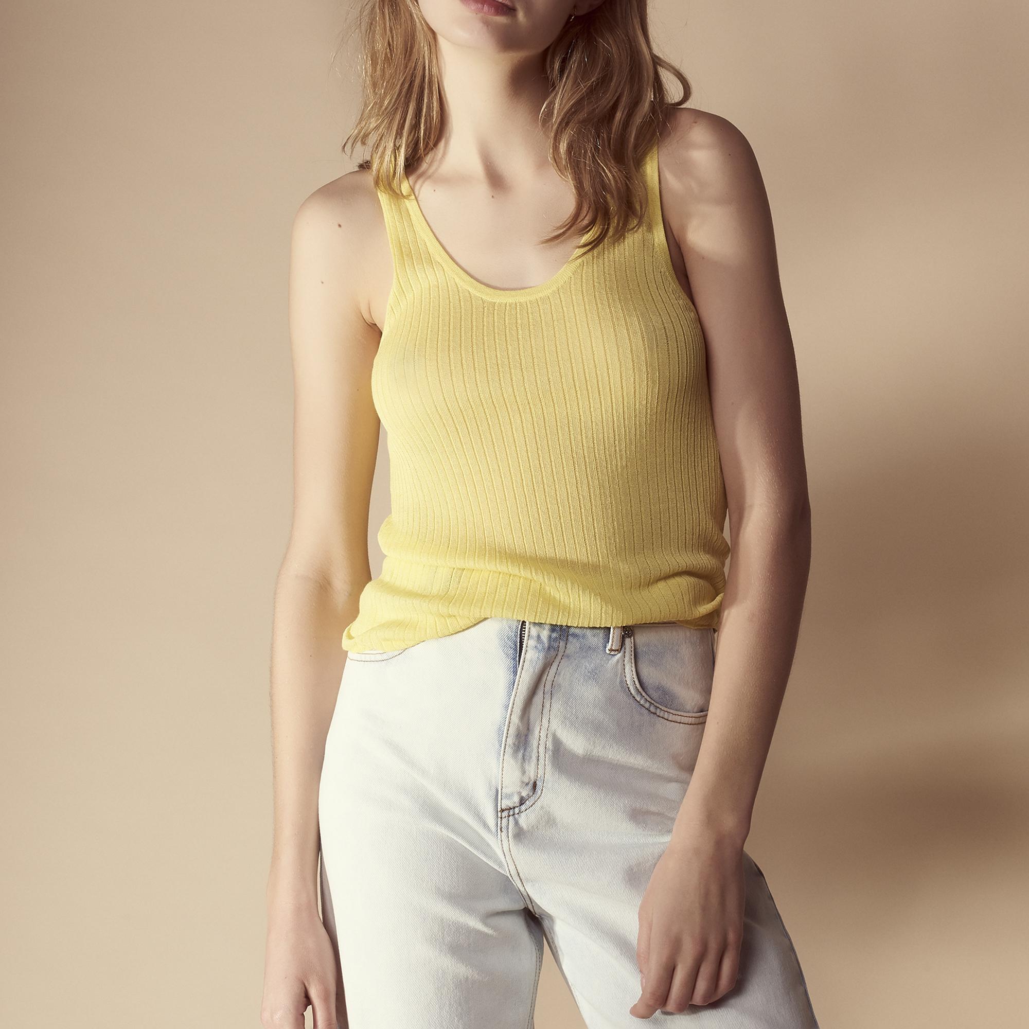 Canotta in maglia sottile : Top & Camicie colore Giallo