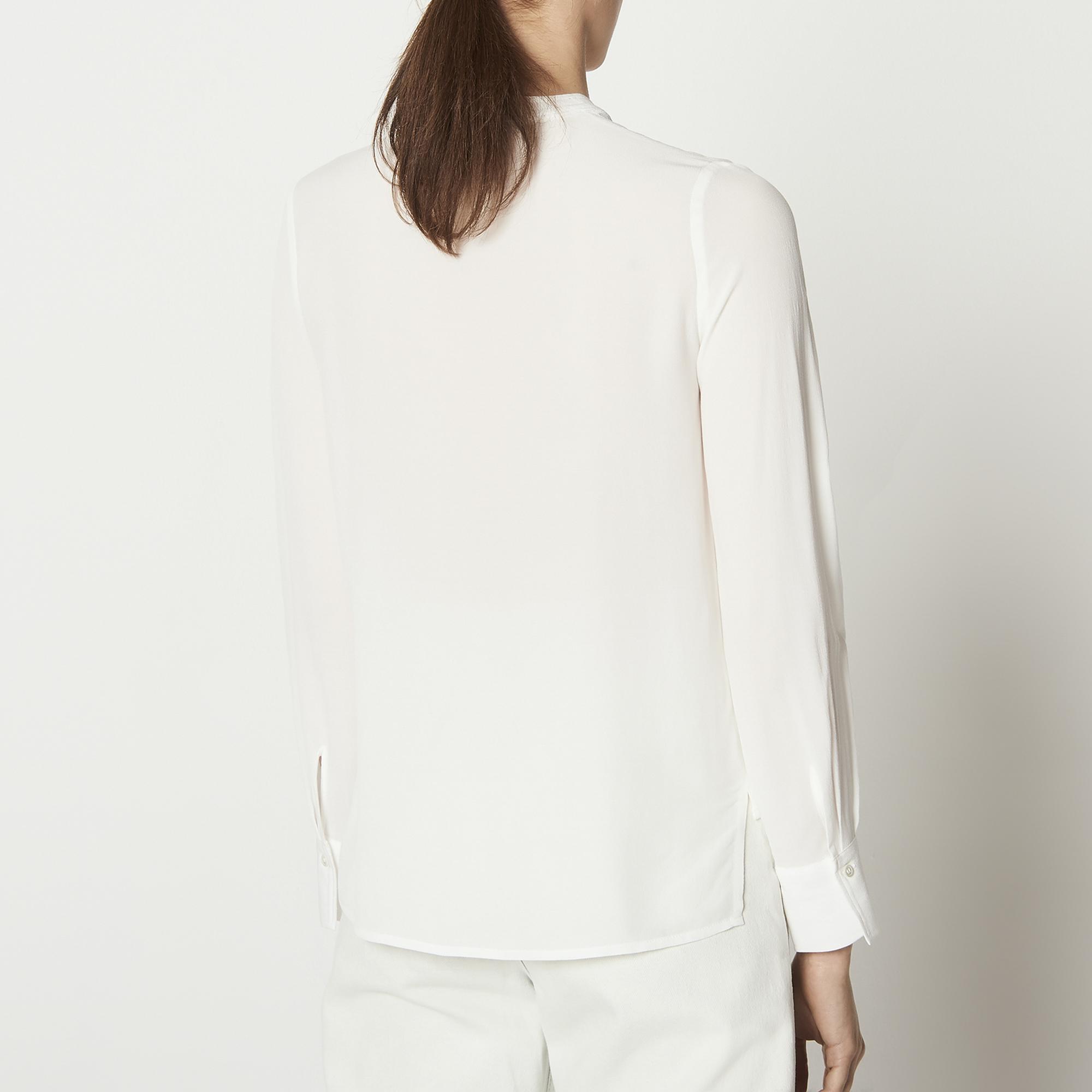 Top con laccio da annodare al collo : Top & Camicie colore Ecru