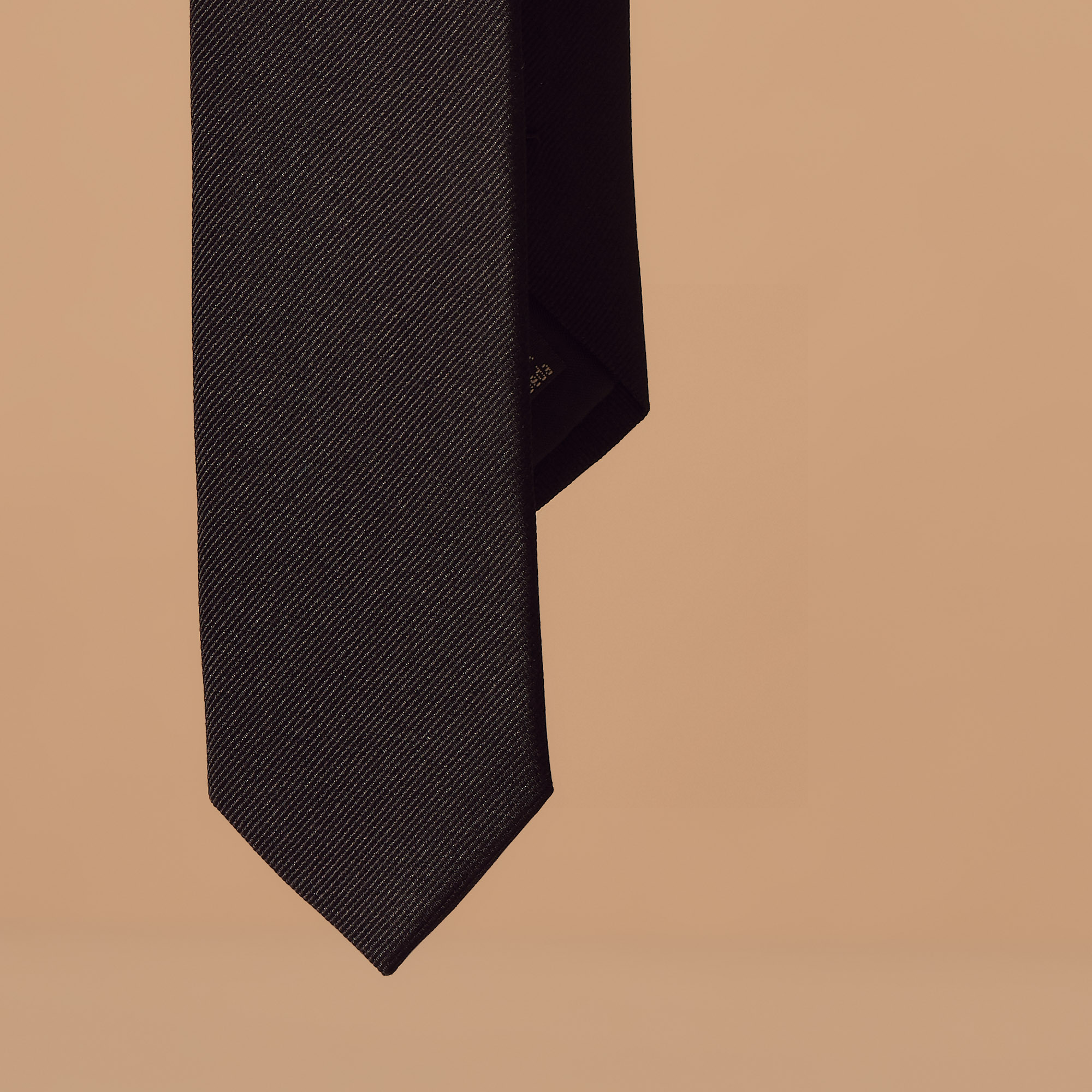 Cravatta classica in twill di seta : Collezione Estiva colore Nero